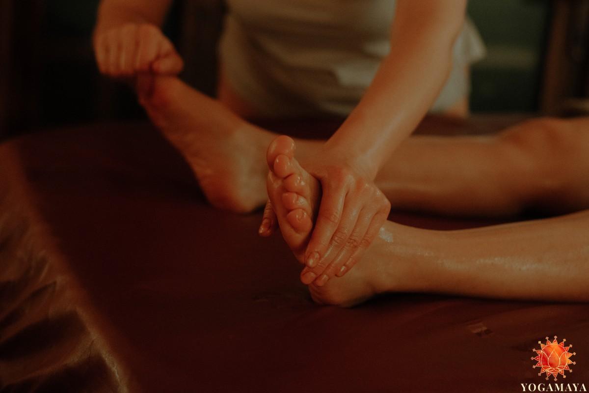 Abhyanga Massage – Verschenke einen Ayurveda Gutschein